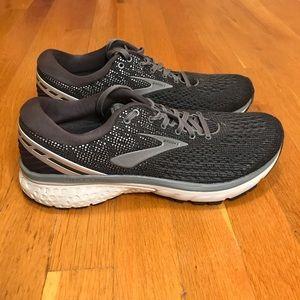 Brooks Shoes - Brooks Ghost 11 Gym Shoe size 8.5